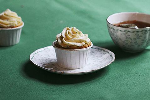 花瓣美食:烤得一手美味的纸杯蛋糕