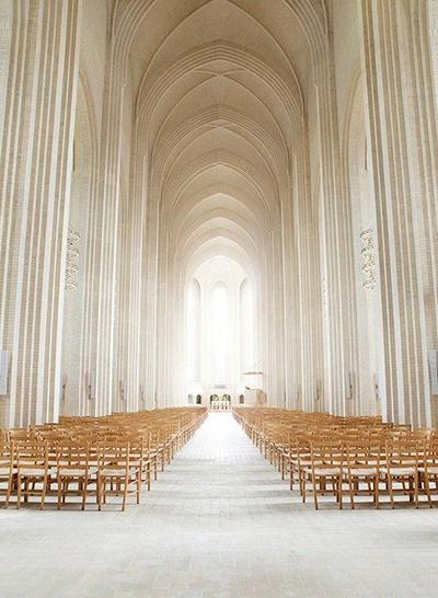 美轮美奂的教堂穹顶设计