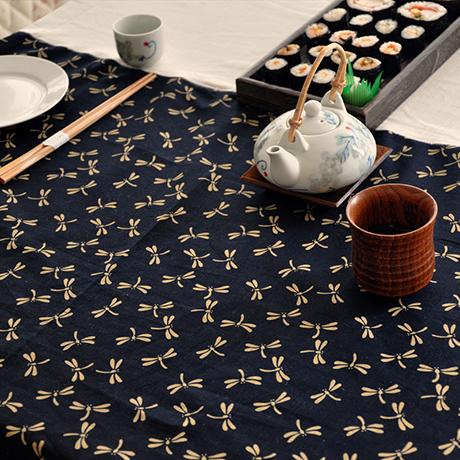 花瓣家居:唯美餐桌布,餐桌上的艺术