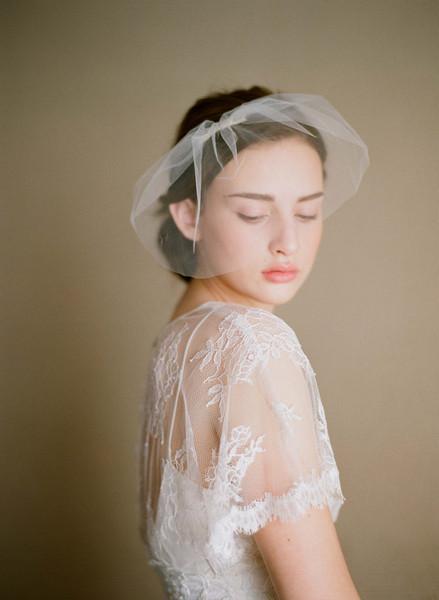 五款唯美头纱,妆点春日里最美的新娘