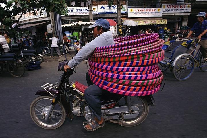越南趣景,超载至堪称奇葩的摩托车