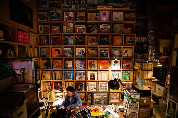 黑胶唱片,狂热乐迷们的最后坚守