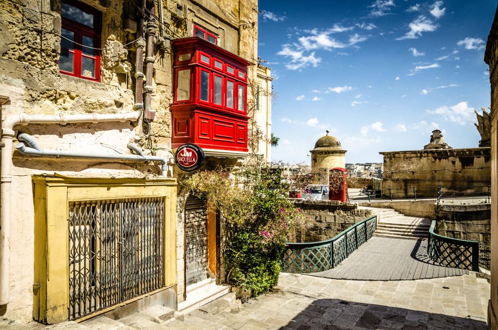 """瓦莱塔,地中海中""""最不像首都""""的首都"""