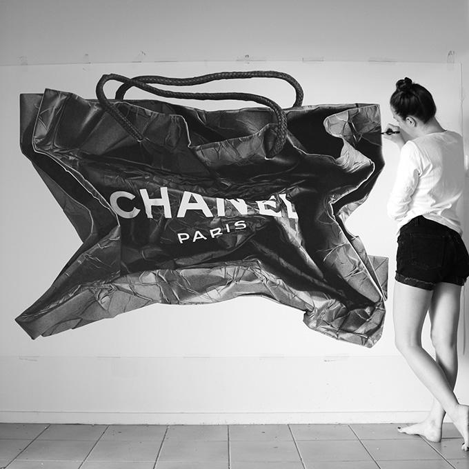 钢笔下的奢侈品牌购物袋