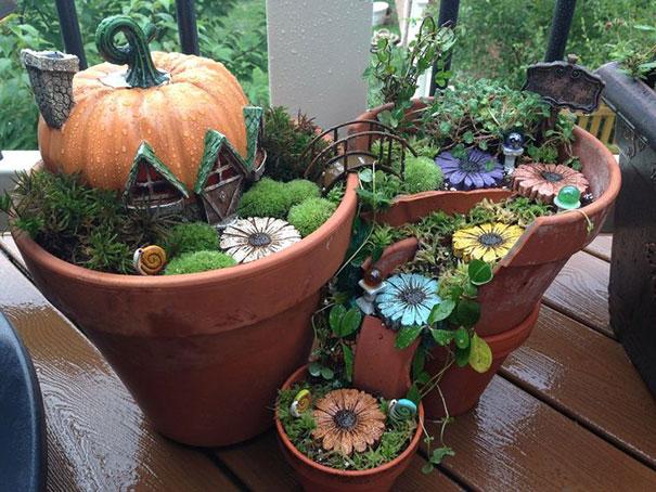 花盆碎了别扔,拿它种出一个迷你花园